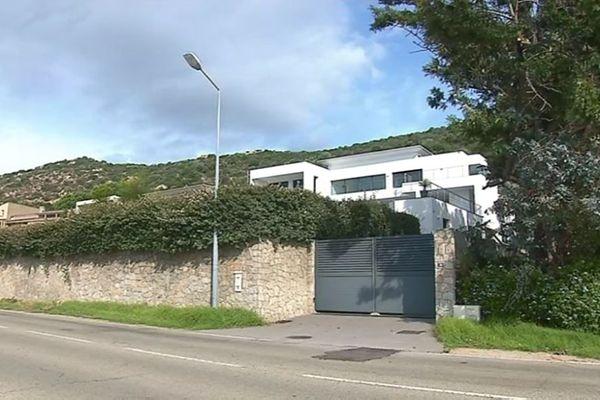 ILLUSTRATION - Une des villas Amhan construite sur la route de Sanguinaires à Ajaccio.