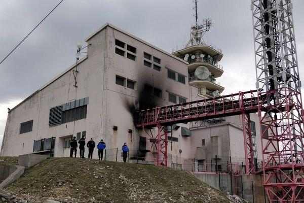 Le relais du Massif de l'Etoile est le deuxième plus important de France