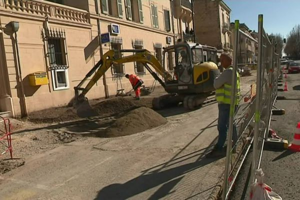 Dans les Alpes-Maritimes, la totalité des chantiers publics avaient été stoppé après l'annonce du confinement, sur décision des entreprises.