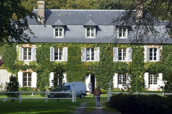 L'écrivain, décédé la veille d'une embolie pulmonaire à l'âge de 69 ans, était régulièrement hébergé dans cette demeure.