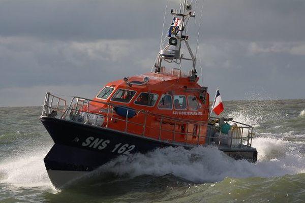 """La vedette SNS 162 """"Sieur de Mons"""" de la station de Royan de la SNSM (Société nationale de sauvetage en mer)."""
