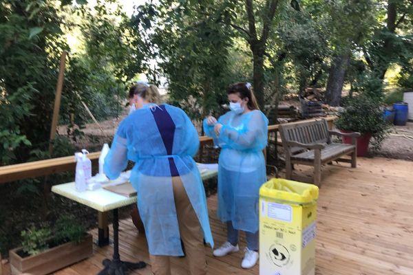 Samedi dernier, tous les résidents et personnels ont été testés dans le parc de la maison de retraite protestante de Montpellier