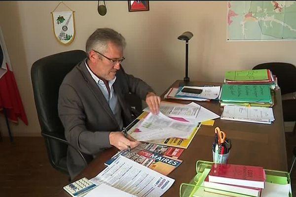 Pour le président des maires ruraux du Languedoc-Roussillon, la campagne est un vrai casse-tête.