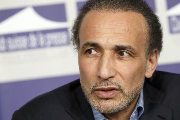Tariq Ramadan s'est invité à une conférence sur les violences faites aux femmes à Saint-Denis.