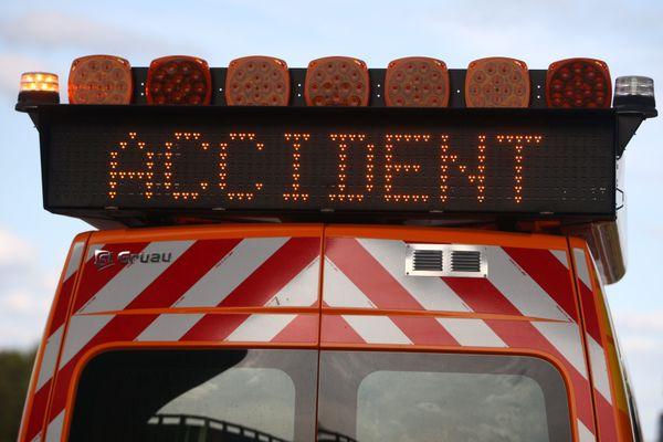 L'accident s'est produit à Cazères au sud de Toulouse, il a fait un mort et deux blessés graves