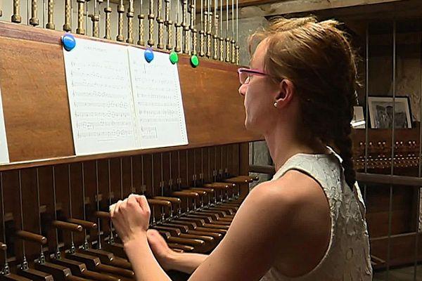 Carillonneurs français ou étrangers viennent faire découvrir cet instrument de musique à part entière.