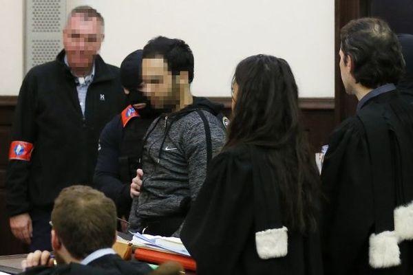 Sofien Ayari devant la justice belge en février 2018.
