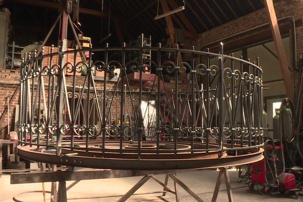 Le kiosque, presque terminé dans l'atelier d'Henri Beuscart.
