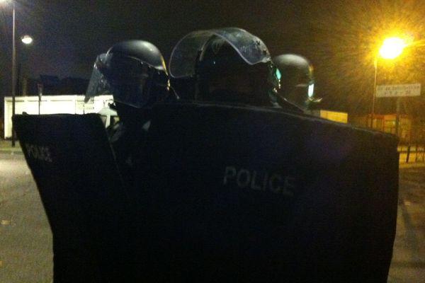 Une partie des policiers engagés jeudi soir à Bellefontaine