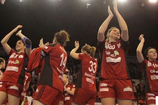 L'ESBF après leur victoire face à Nice (30-25) en mars dernier.
