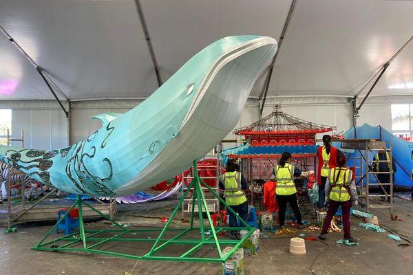 La grande baleine en attente de tous ses apparats à Blagnac
