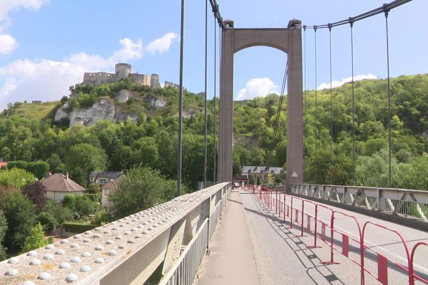 Juillet 2020 : travaux sur le pont des Andelys (Eure)