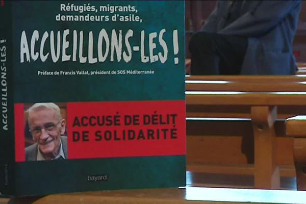 """""""Accueillons-les!"""", l'ouvrage de Gérard Riffard paru aux éditions Bayard"""