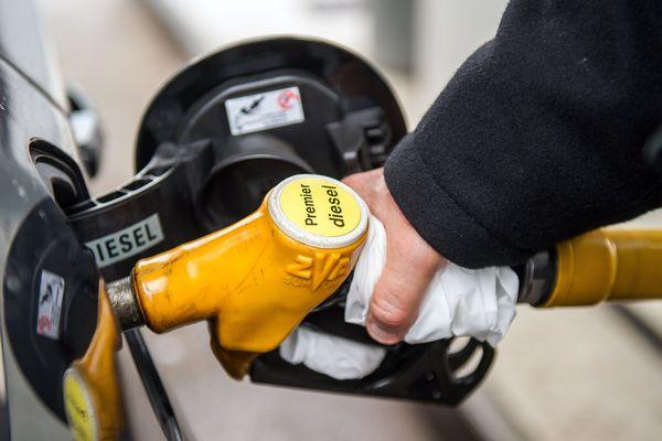 Un mouvement de grève des salariés du transport routier de matières dangereuses (carburant, gaz, produits chimiques...) pourrait créer des difficultés d'approvisionnement