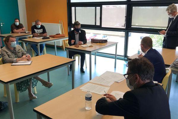 Conseil pédagogique au collège Louise Michel d'Etain en présence du recteur de l'académie Nancy-Metz.