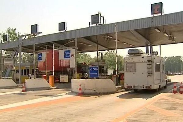 Les syndicats Sud Autoroutes et CGT APRR demandent une pérennisation des emplois au péage