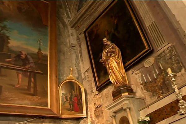 De nombreux objets ont été volés dans cette église de Simiane-la-Rotonde