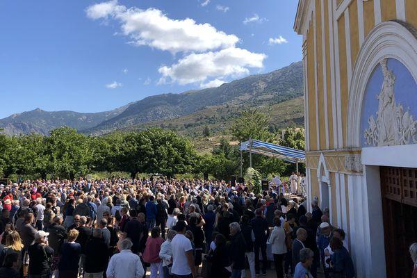 Des centaines de fidèles se sont rassemblées à Casamaccioli pour la Santa di u Niolu.