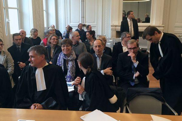 Devant la Cour Administrative de Bordeaux, Germinal Peiro est venu écouter l'avis du Rapporteur Public
