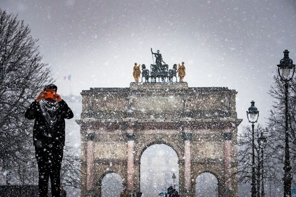 Il y a une semaine jour pour jour, Paris et la région Île-de-France se réveillaient sous la première neige de l'année.