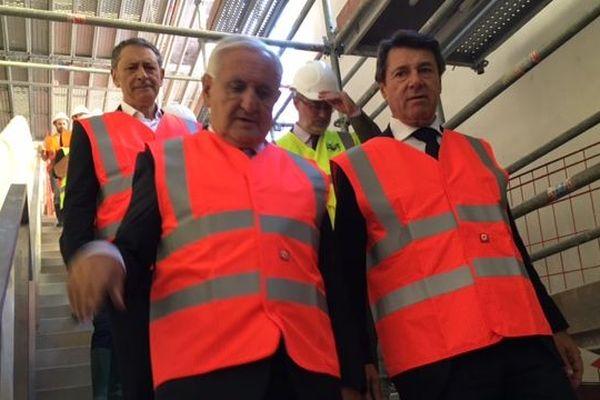Christian Estrosi et Jean-Pierre Raffarin, lors de la visite du chantier de la place Garibaldi situé sur la ligne 2 du tramway de Nice.