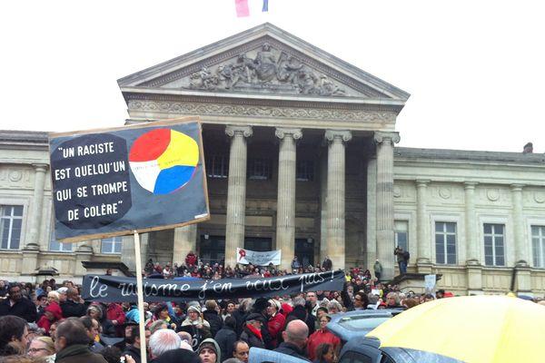 2000 personnes rassemblées contre le racisme à Angers à la suite des insultes proférées contre Madame Taubira