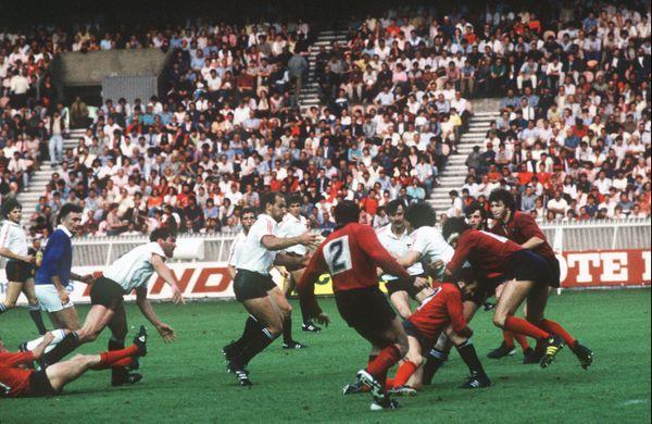 1985. Les Toulousains remportent enfin la finale du championnat de France de rugby au terme d'un match palpitant contre Toulon.