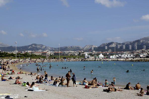 La plage du Prado à Marseille ...