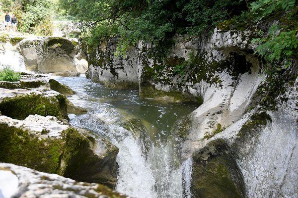 Le canyoning est formellement déconseillé dans le secteur du canyon de l'Argensou. Illustration.