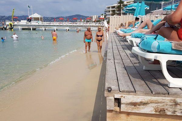 Plage privée à Antibes-Juan-les-Pins