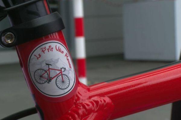 """""""Le P'tit Vélo Rouge"""" : l'association créée par Thomas."""