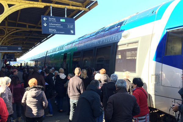 La gare de Langogne le 15 octobre, investie par les manifestants