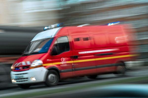 30 pompiers ont été engagés sur cet accident (illustration).