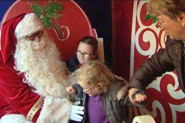 Illuminations, marché de Noël, vin chaud sapin et bien sûr Père-Noël : c'est sûr, les fêtes de fin d'année approchent à grands pas !