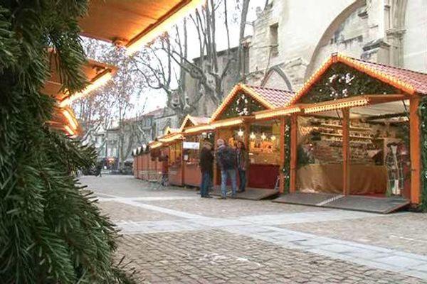 Un marché de noël à Avignon. Décembre 2019