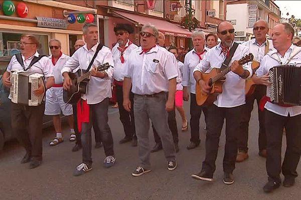 Les Fis D'Galarne à la fête de la musique à Gien (Loiret)