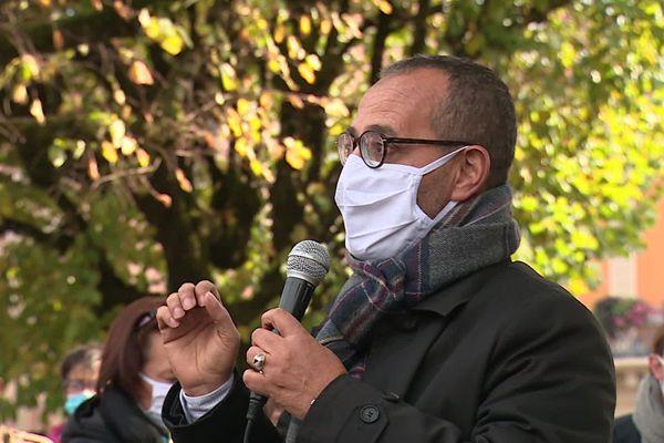 A Belfort, les différentes communautés religieuses se sont rassemblées pour condamner la mort de Samuel Paty, enseignant décapité par un islamiste radical à Conflans-Sainte-Honorine.