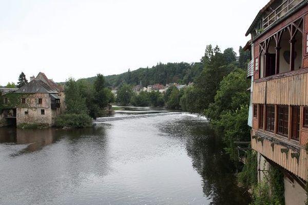 La Creuse, à Argenton-sur-Creuse, dans l'Indre, en juillet 2010.
