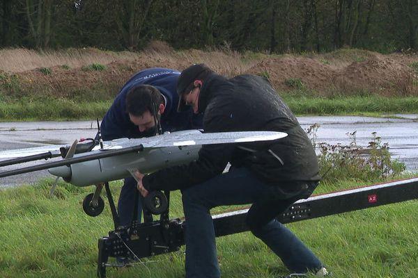 Ce drone est testé à Cambrai pour transporter des petits colis.