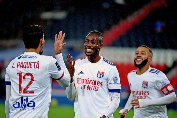 PSG OL -Foot Championnat de France - Tino Kadewere a offert la victoire à l' OL (13/12/20)