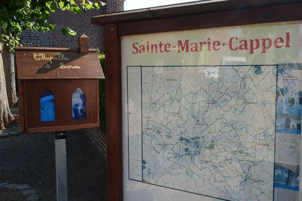"""Une """"chapelle à livres"""" dans les Flandres"""