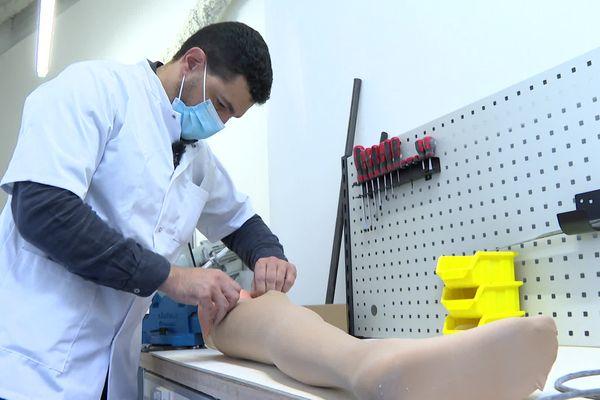 Ce centre de fabrication de prothèses sur mesure est unique dans le département de la Creuse.