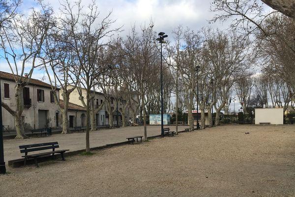 Des inscriptions antisémites ont été dessinées dans le sable du boulodrome d'Aigues-Mortes, dans le Gard - 14 février 2019