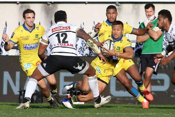 Dans le stade Amédée-Domenech vide, samedi 31 octobre, l'ASM Clermont-Auvergne a dominé le CA Brive-Corrèze. Une victoire qui est apparue logique pour ce 101e derby du Massif Central. Une victoire à la saveur particulière dans ce contexte de confinement.