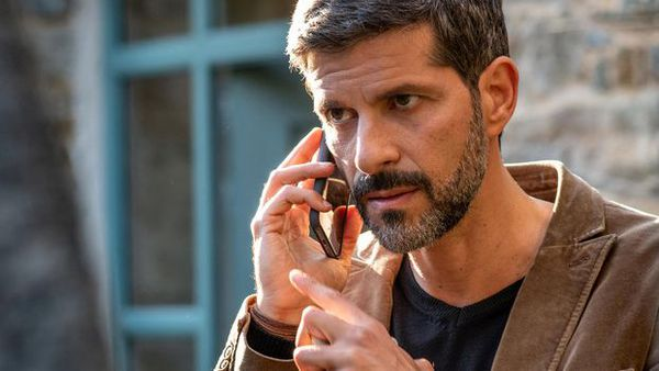 Le commissaire Dupin est incarné par l'acteur Pasquale Aleardi depuis 2014