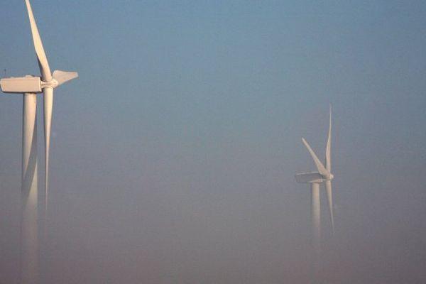 Des éoliennes à Renty (pas-de-Calais).