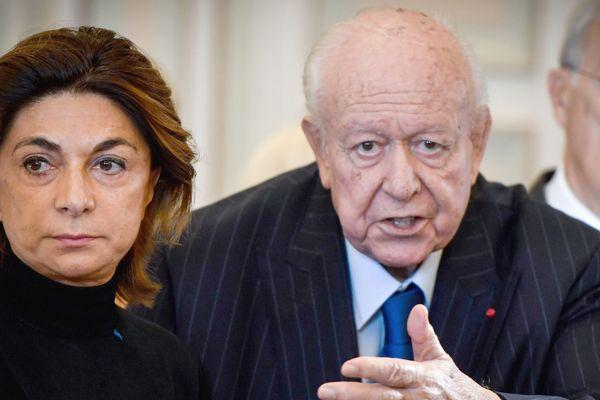 Martine Vassal, adoubée par le maire sortant Jean-Claude Gaudin, brigue la mairie de Marseille.