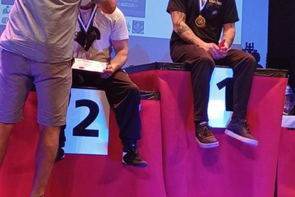 Dans les compétitions de bras de fer, c'est souvent sur la première marche du podium que l'on retrouve Grégory Colon.