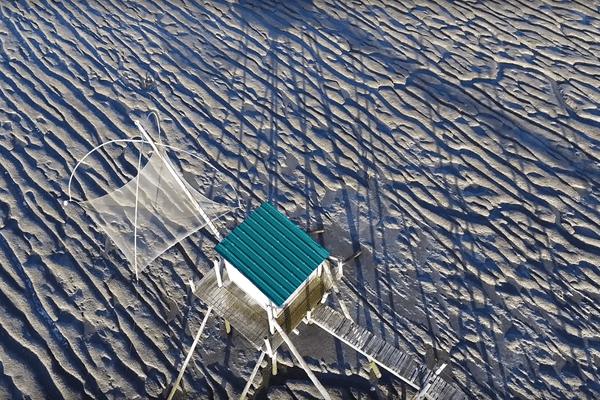 Une pêcherie traditionnelle sur la côte de Loire-Atlantique (Les Moutiers-en-Retz)