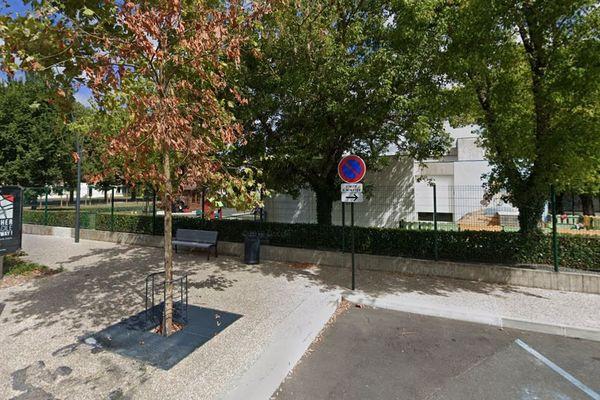 La bagarre s'est déroulé devant la crèche Boulevard Mendès France à Castres
